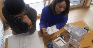 工事着工前のすべての打合せで、住宅模型はフル活用されます。