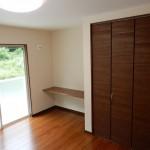 岡谷市T様邸 落ち着いた雰囲気の寝室
