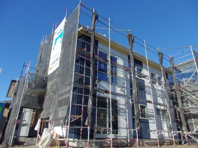 岡谷市で新築住宅を施工中