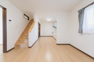リビング階段 LDK 建替え住宅 諏訪K様邸