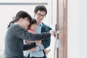 自由設計コンパクトハウス 茅野市M様邸 玄関ドア