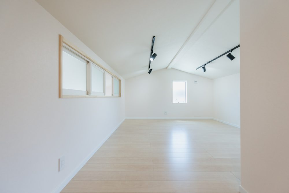 自由設計のコンパクトハウス 諏訪市T様邸 2階内装01