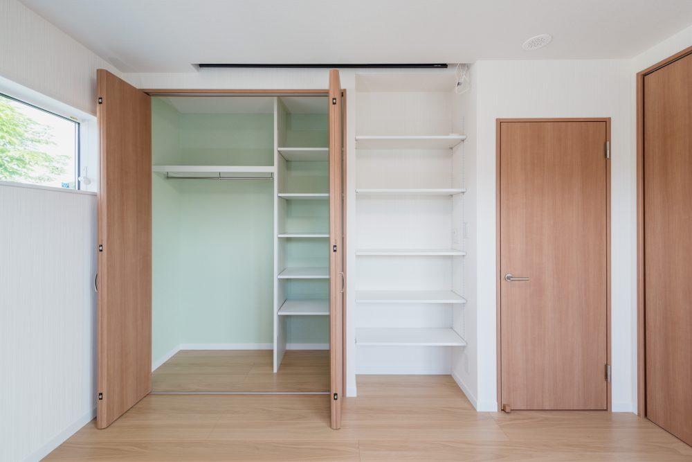 自由設計のコンパクトハウス 茅野市KS様邸 寝室2
