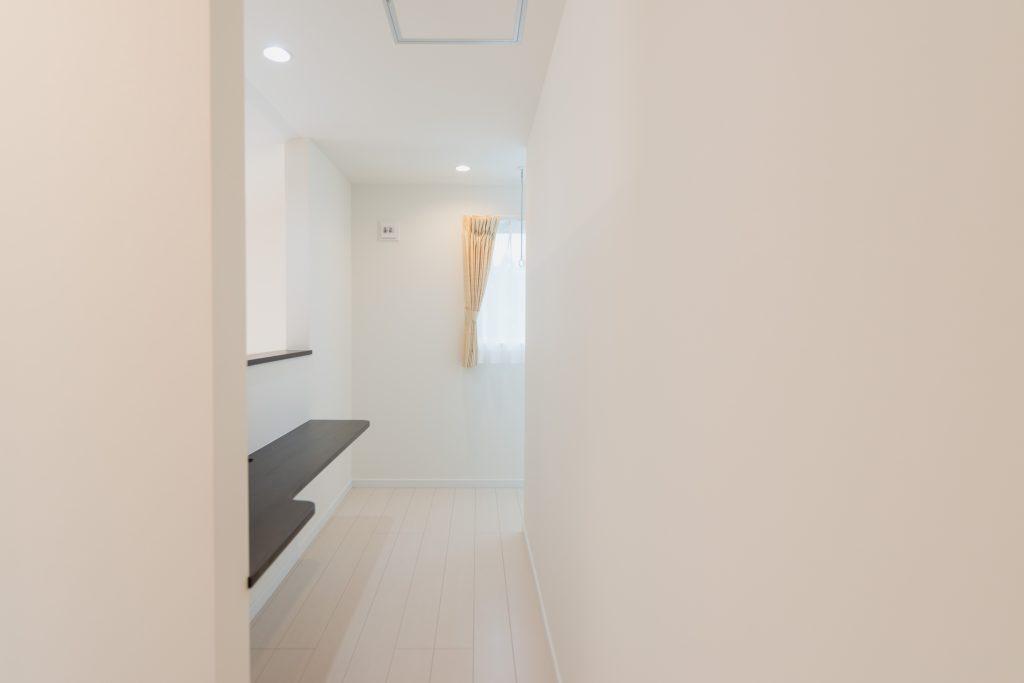 自由設計のコンパクトハウス 茅野市OT様邸 カウンター2